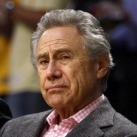 http://vindicatemj.files.wordpress.com/2011/09/philip_anschutz_x200.jpg?w=200&h=200