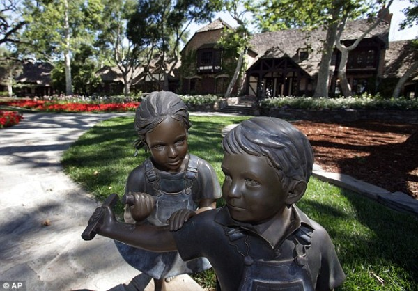 Statues From Neverland