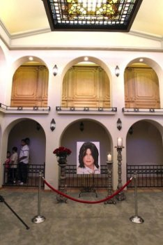 The owners of Hacienda Palomino opened up their house on the 2nd anniversary of Michael's death