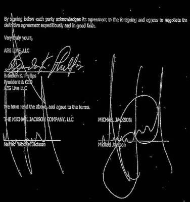 Duas assinaturas atribuídas a Michael Jackson.
