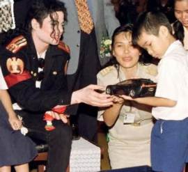 Michael Jackson in Bangkok in August 1993
