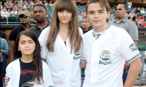 Prince, Paris and Blanket in Gary