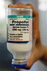 A propofol bottle of 100ml = 1000mg. Michael received 2 bottles like this one from Murray on June 25th