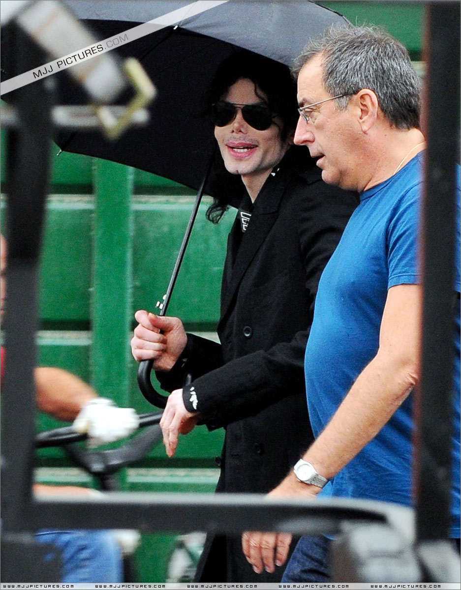 This Is It Tour Demerol And Michael Jackson S Visits To