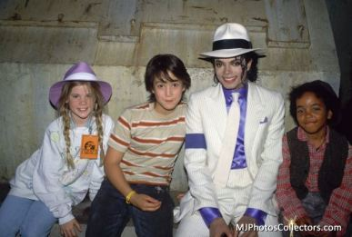 MJ and children from Moonwalker