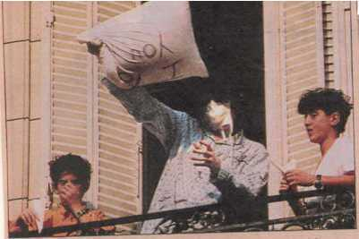 Michael Jackson in Buenos Aires with the Frank and Eddie Cascio on the Dangerous tour