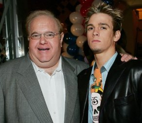 Lou Pearlman and the obviously unhappy Aaron Carter