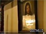 christ-over-mjs-bed-from-oprahs-documentary-1993 (2)
