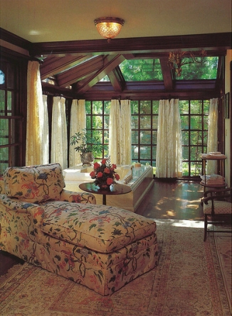 neverland-ladys-bath-under-the-previous-owner